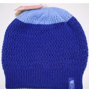 94438760fb3c7 The North Face Accessories - North Face Reversible Youth Shinsky Beanie M  NWT
